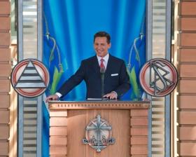 Il signor David Miscavige, Presidente del Consiglio di Amministrazione del Religious Technology Center e leader ecclesiastico della religione di Scientology, ha presieduto all'inaugurazione della nuova Chiesa di Scientology di  Malmö .
